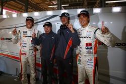 GT300 pole winners Masami Kageyama, Tomonobu Fujii