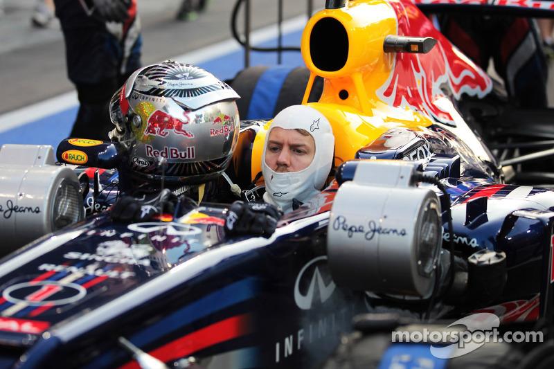 Sebastian Vettel, Red Bull Racing waits to start the race from the pit lane