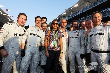Jessica Ennis, Olympic Heptathlon Champion with Mercedes AMG F1 mechanics on the grid