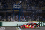 Ricky Stenhouse Jr., Roush Fenway Ford takes the checkered flag to take the 2012 NASCAR Nationwide Series championship