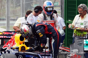 Sebastian Vettel, Red Bull Racing and Jenson Button, McLaren in parc ferme
