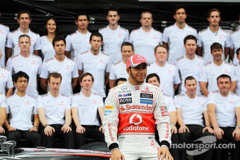 Lewis Hamilton, McLaren at a team photograph