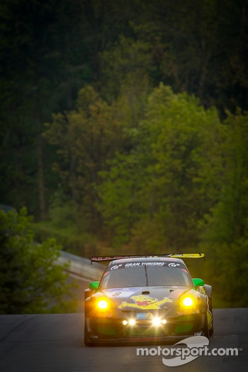 #8 Haribo Racing Team Porsche 911 GT3 R: Christian Menzel, Emmanuel Collard, Mike Stursberg, Hans Guido Riegel