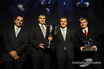 Champions Marcel Fssler and Benoit Trluyer, Audi Sport