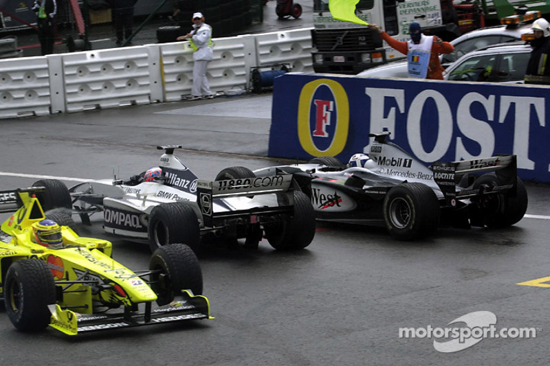 Trouble for Jarno Trulli, Jenson Button and David Coulthard