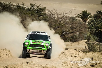 #302 Mini: Stéphane Peterhansel and Jean-Paul Cottret