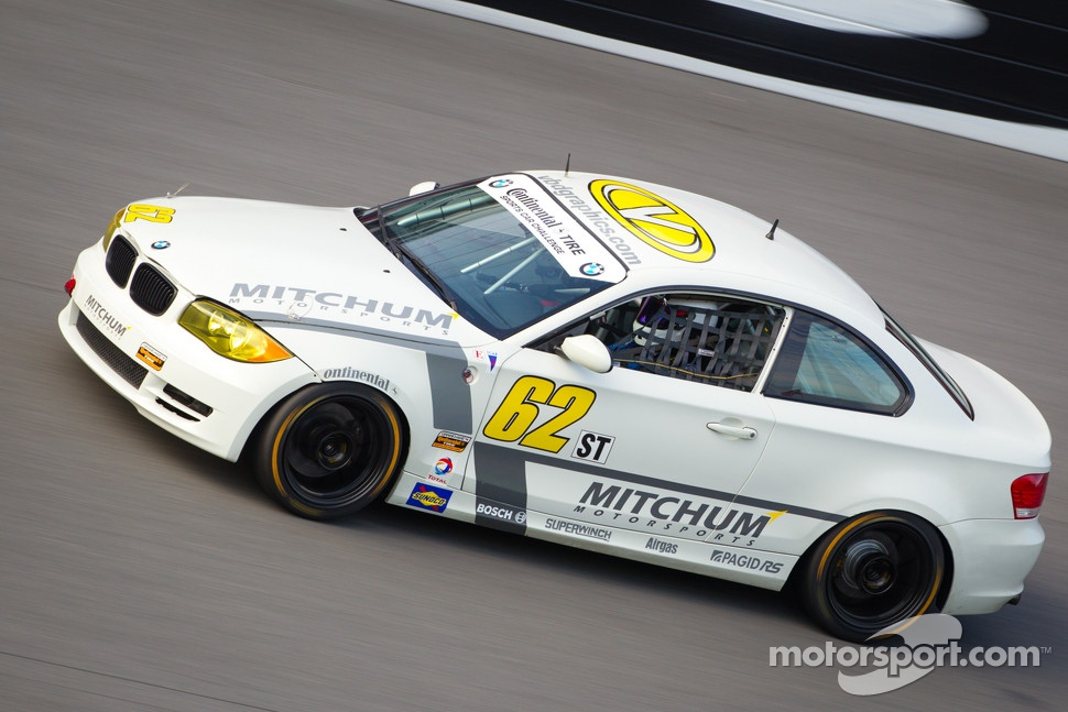 #62 Mitchum Motorsports BMW 128i: Christophe Contre, Adam Isman, Zach Lutz