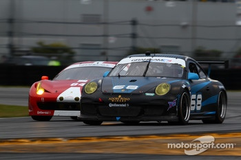#68 TRG Porsche GT3: Brad Lewis, Jim Michaelian, Ronald Van de Laar