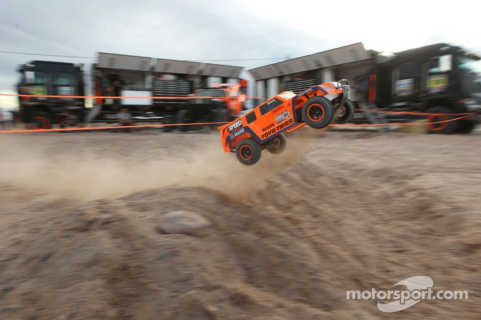 #315 Hummer: Robby Gordon, Kellon Walch