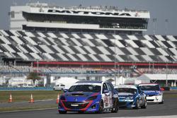 #32 i-MOTO Mazda Speed 3: Glenn Bocchino, Taylor Hacquard