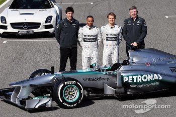 Toto Wolff, Mercedes AMG F1 Shareholder and Executive Director; Lewis Hamilton, Mercedes AMG F1 and team mate Nico Rosberg, Mercedes AMG F1; Ross Brawn, Mercedes AMG F1 Team Principal; with the new Mercedes AMG F1 W04