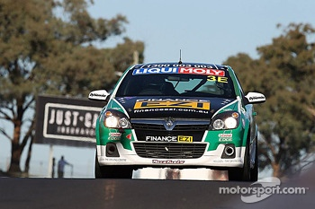 #3 Holden Astra HSV VX-R: Ivo Breukers, Morgan Haber, Damien Ward