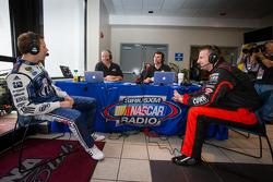 Brad Keselowski, Penske Racing Ford and Michael McDowell, HP Racing Toyota