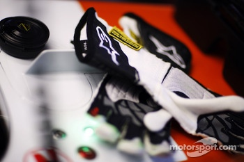 Alpinestars racing gloves for Adrian Sutil, Sahara Force India F1