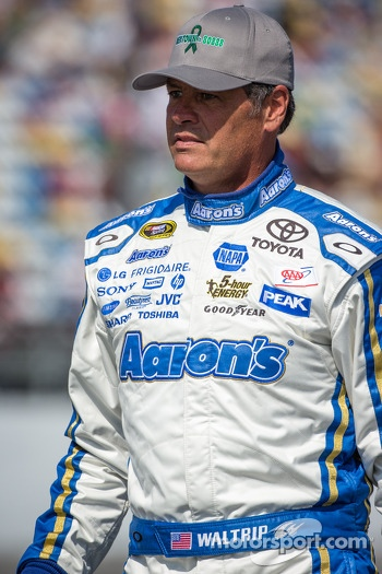 Michael Waltrip, Swan Racing Toyota