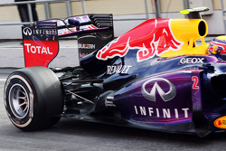 Mark Webber, Red Bull Racing RB9 rear suspension and rear wing