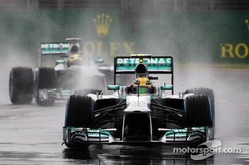 Lewis Hamilton, Mercedes AMG F1 W04 leads Nico Rosberg, Mercedes AMG F1 W04