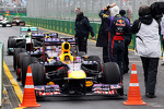 Pole sitter Sebastian Vettel, Red Bull Racing RB9 in parc ferme