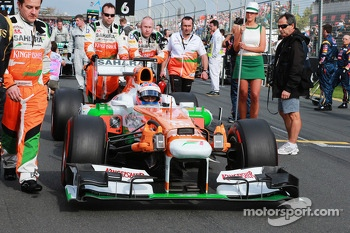 Paul di Resta, Sahara Force India VJM06 on the grid