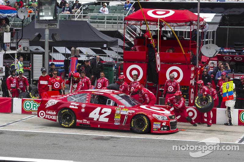 Juan Pablo Montoya, Earnhardt Ganassi Racing Chevrolet pitstop