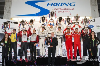 GTC podium: class winners Cooper MacNeil, Jeroen Bleekemolen, Dion von Moltke, second place Nelson Canache, Spencer Pumpelly, Brian Wong, third place Henrique Cisneros, Marco Seefried, Sean Edwards