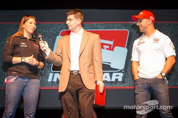 Drivers presentation: Simona de Silvestro, KV Racing Technology Chevrolet and Tony Kanaan, KV Racing Technology Chevrolet