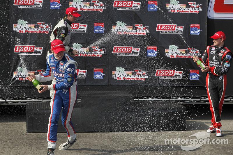 Podium: race winner Jack Hawksworth, Schmidt Peterson Motorsports, second place Peter Dempsey, Belardi Auto Racing, third place Sage Karam, Schmidt Peterson Motorsports