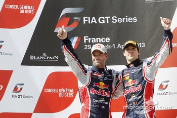 Podium: race winners Sbastien Loeb and Alvaro Parente