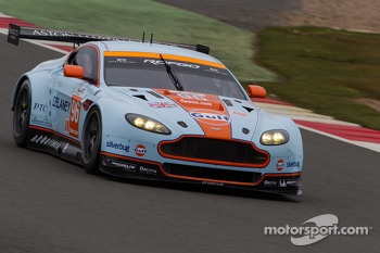 #96 Aston Martin Racing Aston Martin Vantage V8: Roald Goethe, Stuart Hall, Jamie Cambell-Walter