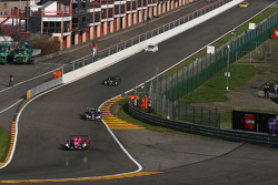 Along the « endurance pitlane », reaching Eau Rouge