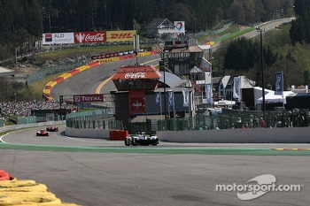 Towards « Eau Rouge » and the « Raidillon »