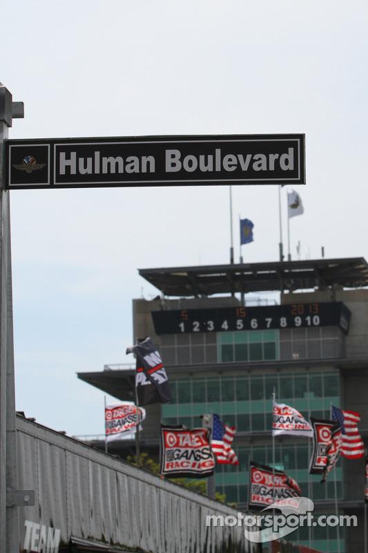 Hulman boulevard