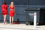 Grid girls take a break