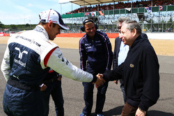 Jean Todt FIA President with Pastor Maldonado Williams on the grid