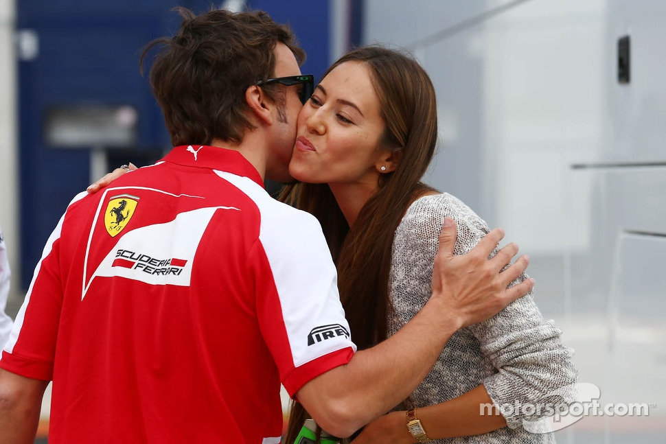 (L to R): Fernando Alonso, Ferrari with Jessica Michibata, McLaren