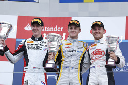 Podium: race winner Marcus Ericsson, second place James Calado, third place Stefano Coletti