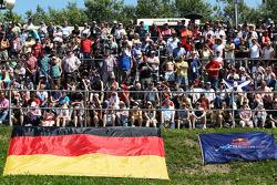 F1: Fans
