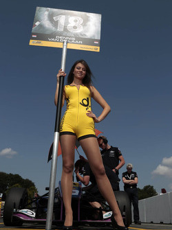 Grid girl of Dennis van der Laar