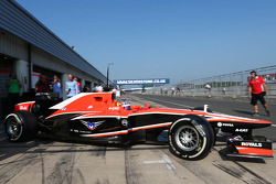 Tio Ellinas, Marussia F1 Team MR02 Test Driver leaves the pits