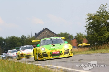 #150 Manthey Racing, Porsche 997 GT3R: Marc Lieb, Richard Lietz, Patrick Pilet