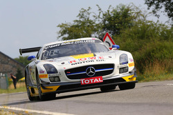 #127 Rowe Racing, Mercedes-Benz SLS AMG GT3: Jan Seyffarth, Lance David Arnold, Klaus Graf