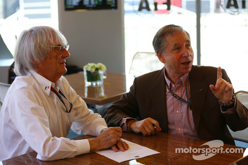 (L to R): Bernie Ecclestone, CEO Formula One Group, an Jean Todt, FIA President sign and agreement setting out a framework for the new Concorde Agreement