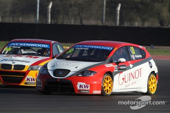 Darryl O'Young, BMW E90 320 TC, ROAL Motorsport  and Hugo Valente, SEAT Leon WTCC, Campos Racing