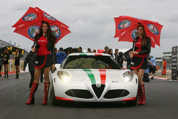 Alfa Romeo Girls