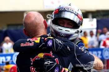 Race winner Sebastian Vettel, Red Bull Racing and Adrian Newey, Red Bull Racing Chief Technical Officer