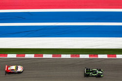 #01 Extreme Speed Motorsports HPD ARX-03b HPD: Scott Sharp, Anthony Lazzaro, #45 Flying Lizard Motorsports Porsche 911 GT3 Cup: Nelson Canache, Spencer Pumpelly