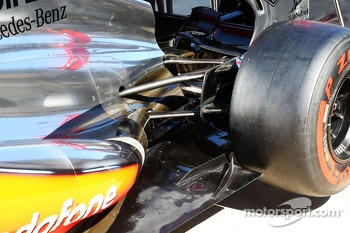 McLaren MP4-28 rear suspension detail