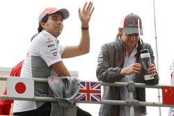 (L to R): Sergio Perez, McLaren and Esteban Gutierrez, Sauber on the drivers parade