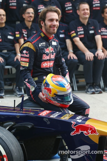 Jean-Eric Vergne, Toro Rosso team photoshoot