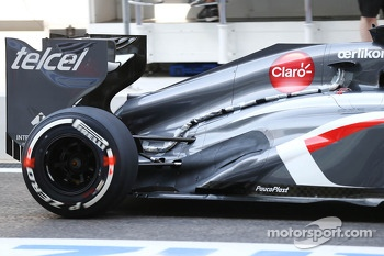 Nico Hulkenberg, Sauber C32 running sensor equipment